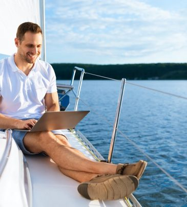 Spletni tečaj za voditelja čolna do 24m